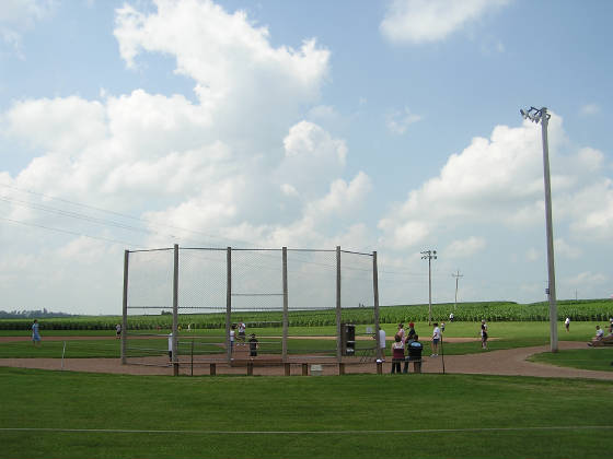 The field - Field of Dreams Movie site